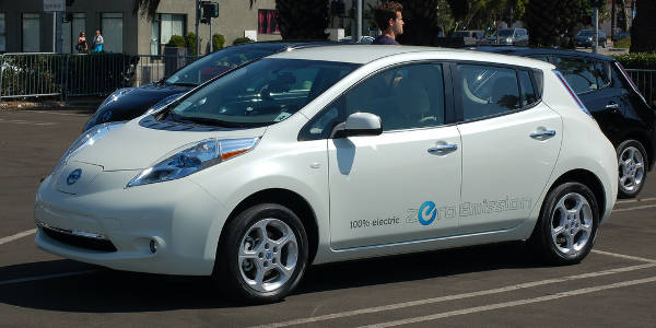 best-low-co2-cars-2107-nissan-leaf