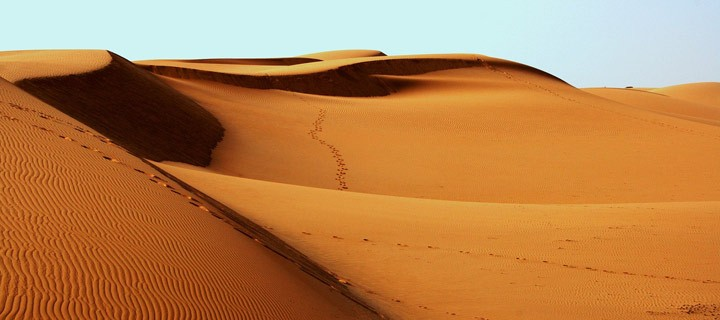 Desert sand from UAE stores solar energy up to 1000°c
