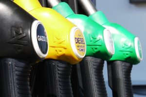 environmental-benefits-of-car-sharing-oil