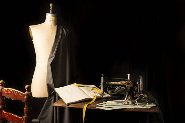 tips for launching a fashion business