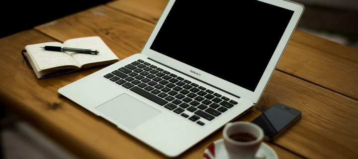 Working Remotely – 4 Things Every Home Office Should Have